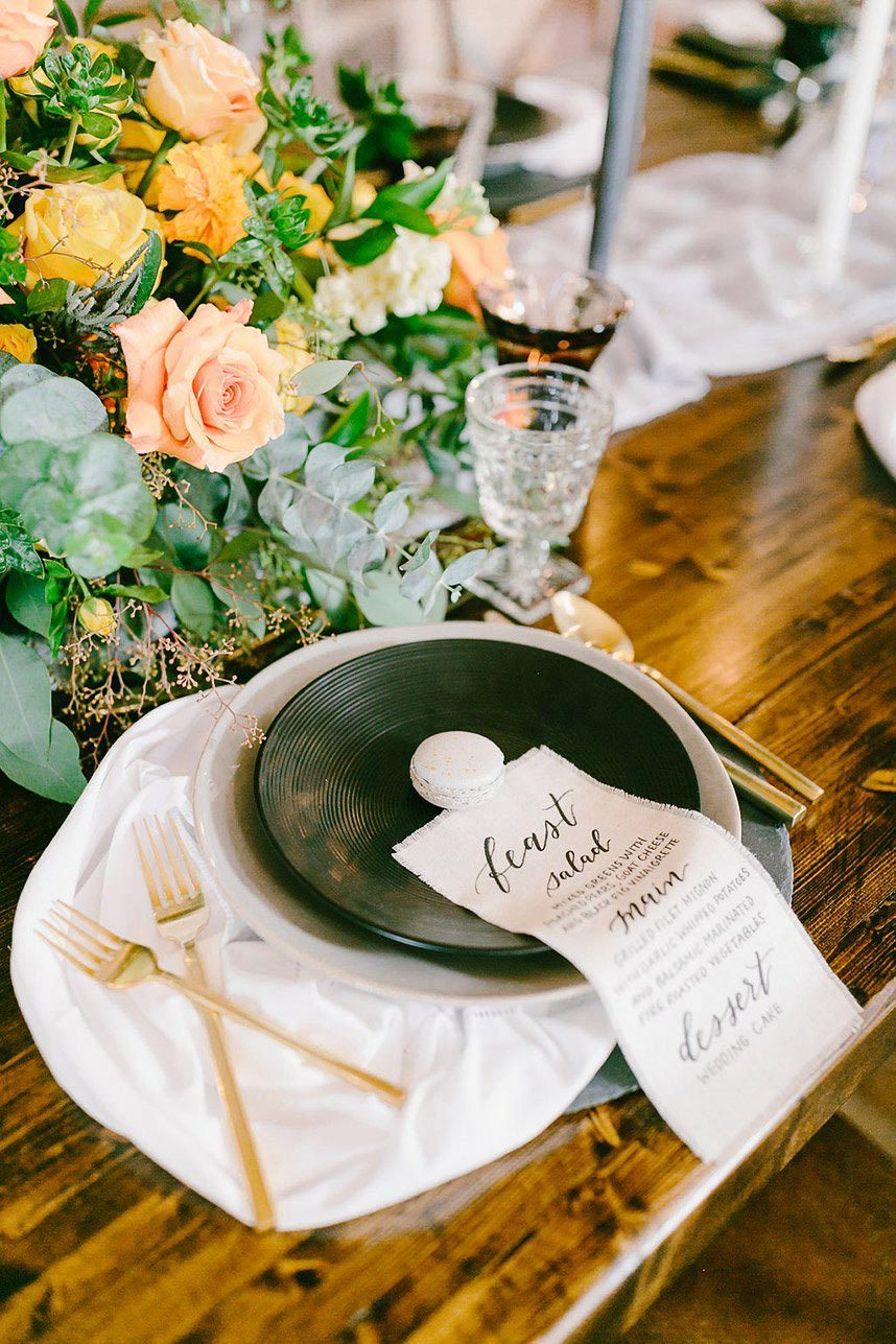 spring 2018 houston wedding trends