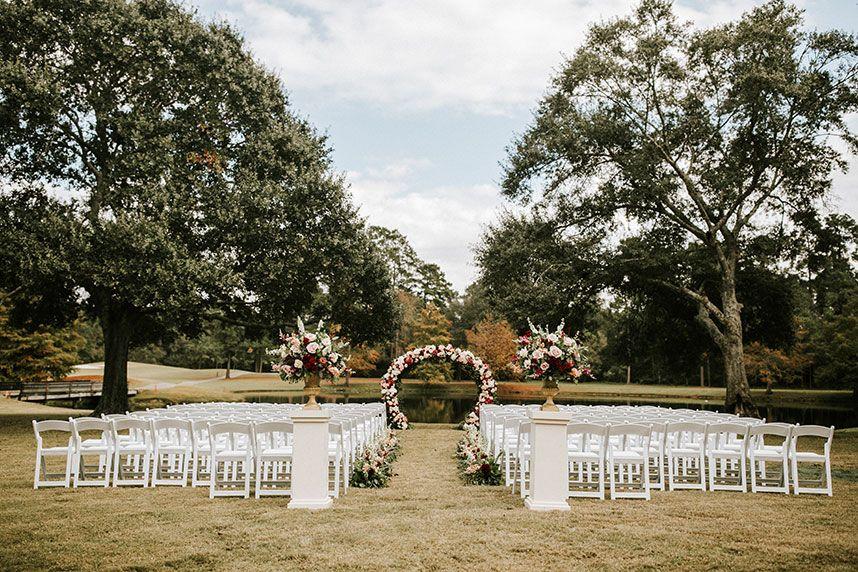 Six Houston Wedding Venues with Picturesque Alfresco Spaces