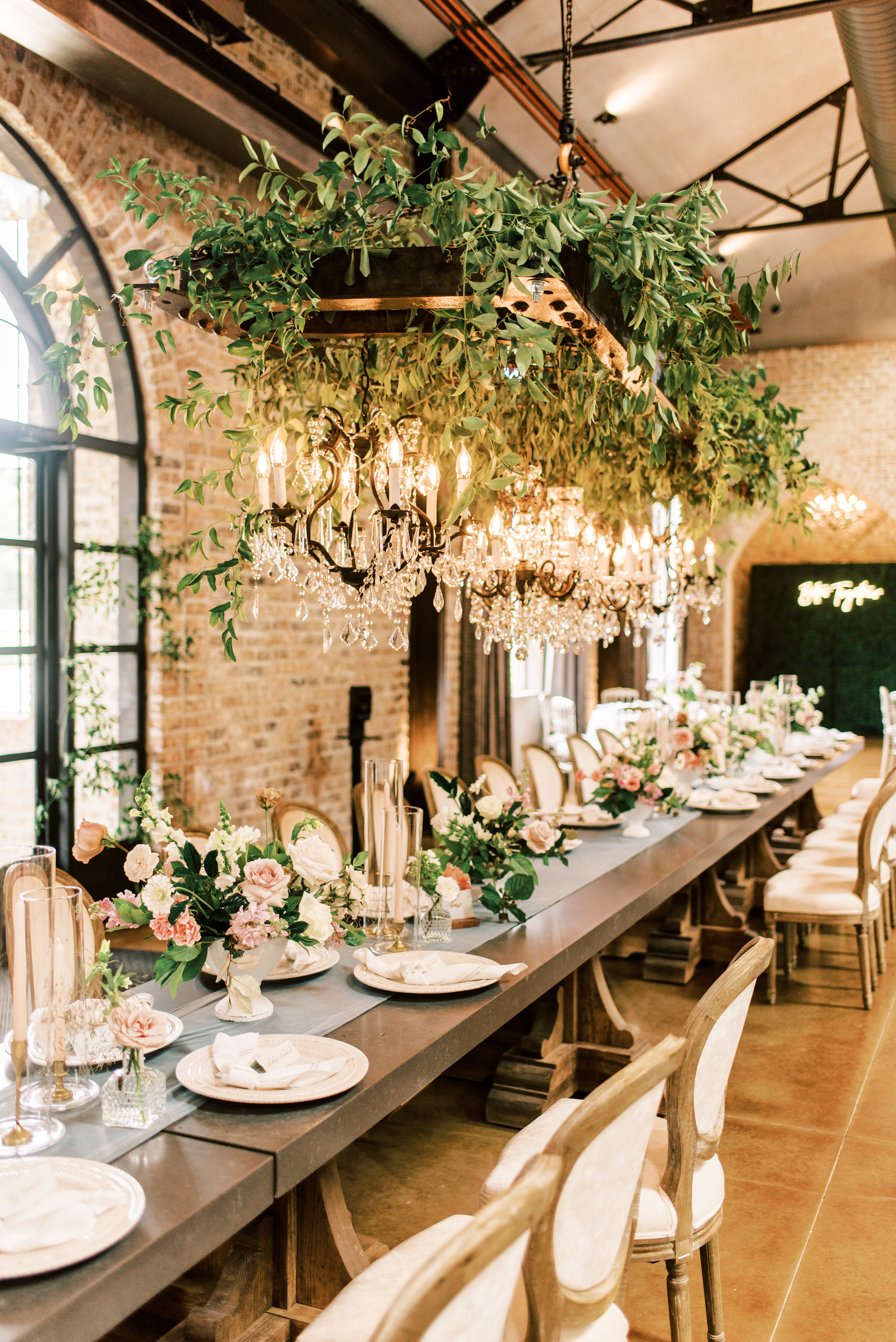 Style School | Incorporating the Venue Style into Your Wedding Design