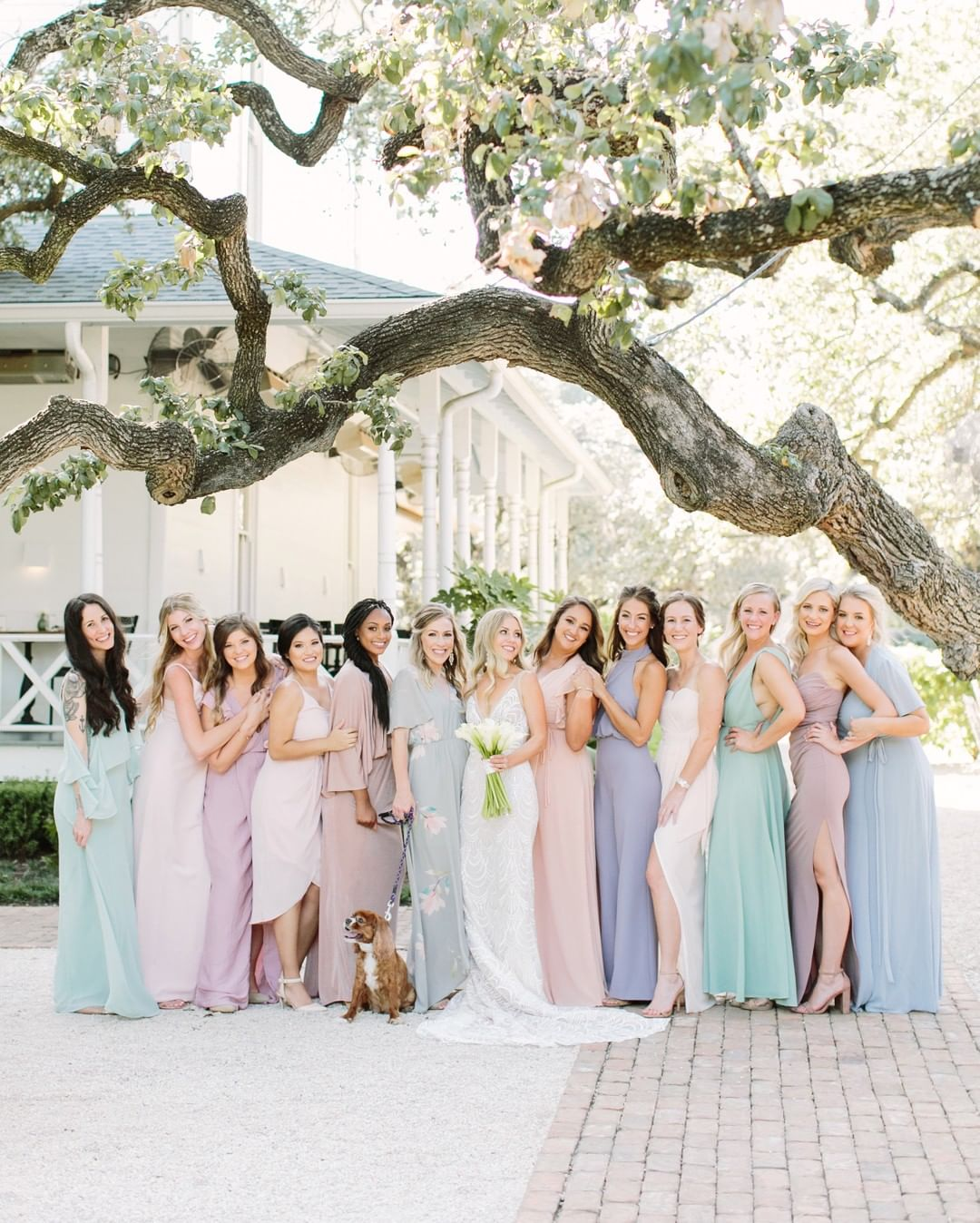 FAQ: What Are the Typical Bridesmaid Responsibilities?